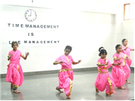 Long assembly- Time management by class 3 F