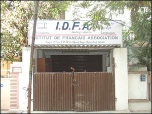 Institute De Francais Association