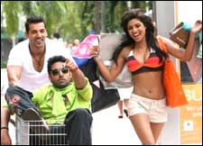 Dostana (hindi) reviews