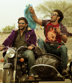 Guddu Rangeela (hindi) - cast, music, director, release date
