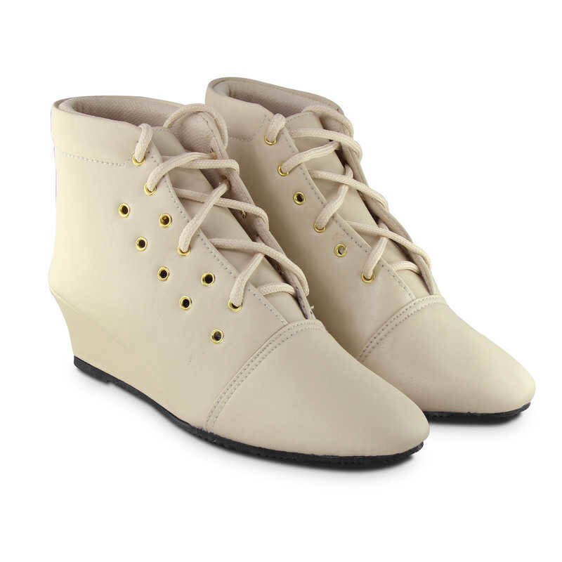 Teqto Brand  Synthetic Sheet Women Boots