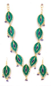 Embroidery silk thread necklace