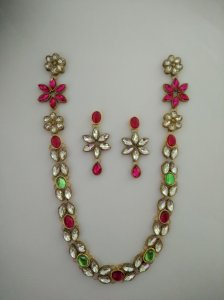 Handmade Kundan jewellery set