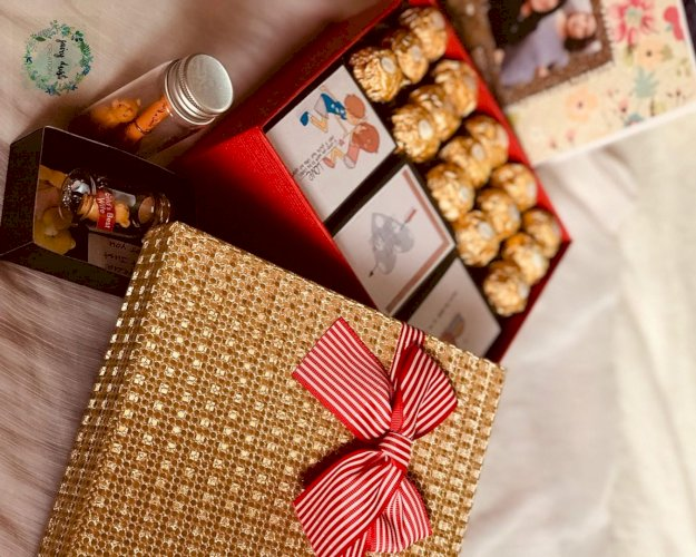 Mini box of messages with Ferrero Rocher box