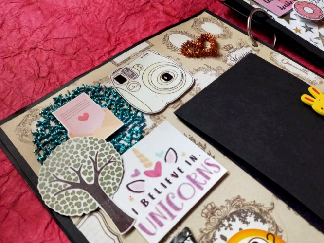 Travel lover scrapbook