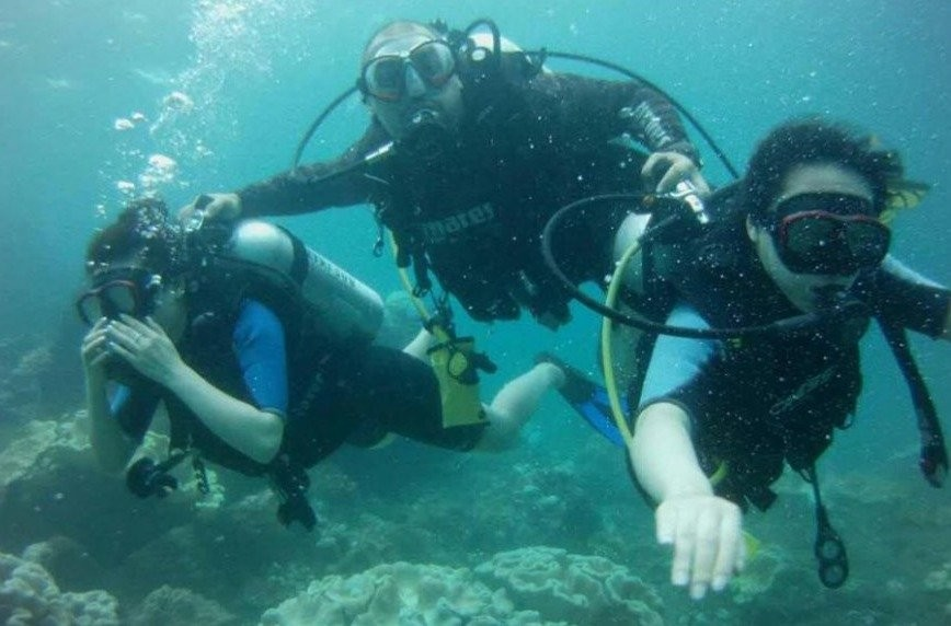 Scuba Diving-get Certified in Unawatuna