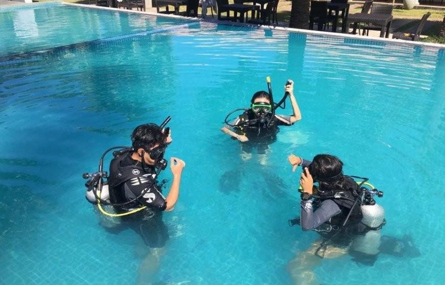 Scuba Diving For Certified Divers in Unawatuna