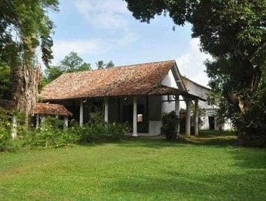 Sri Lankan Heritage Home Architectural Tour in Galle