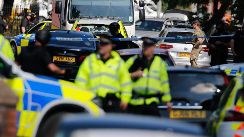 Cops on alert after a suspicious car found in Manchester