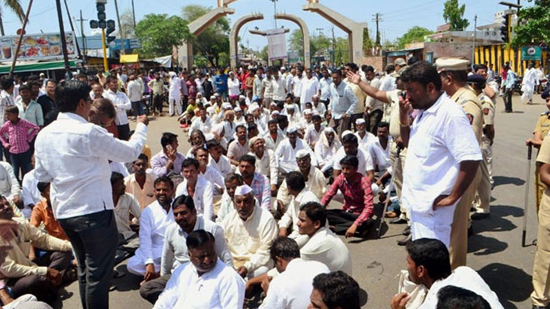 Maharashtra government announces loan waiver for farmers, protests to end