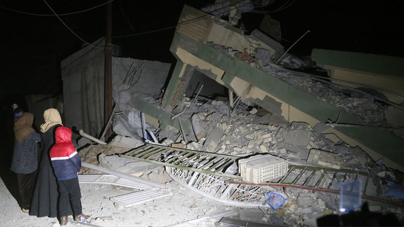 Iran, Iraq earthquake: Death toll rises to 341, thousands homeless