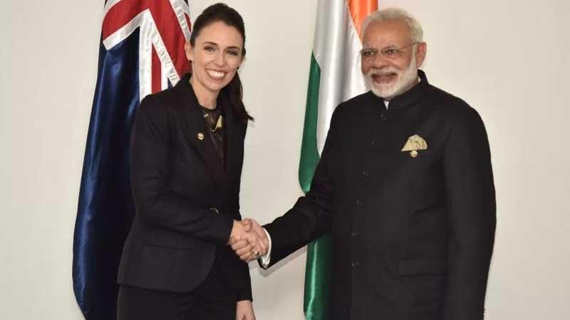 PM Narendra Modi meets leaders of five countries in Manila