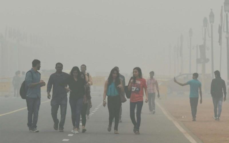 Delhi smog: 53% Delhi college students facing respiratory issues