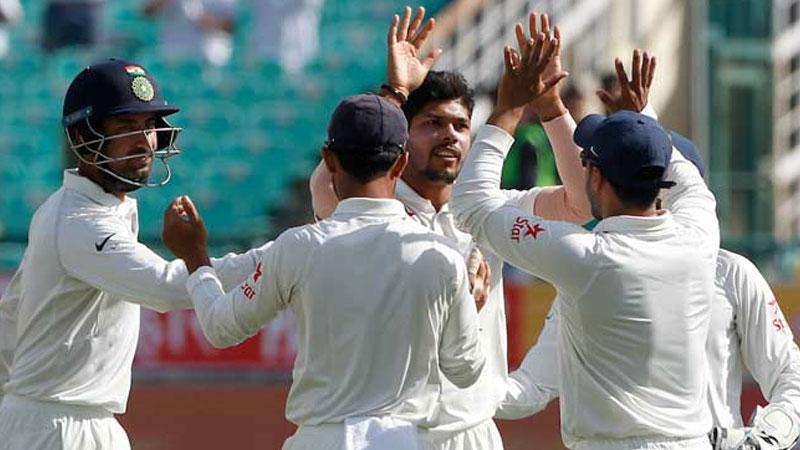 India vs Sri Lanka, First test: Hosts trail by 7 runs on Day 3