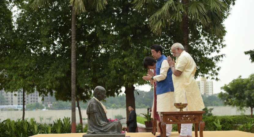Japanese PM Shinzo Abe arrives on two-day India visit for lay foundation stone of bullet train project