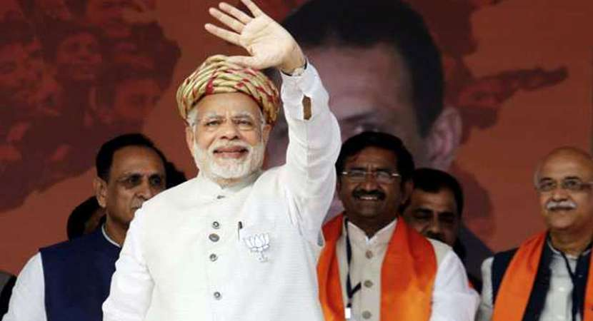 PM Narendra Modi compares Congress' strength with cyclone Ockhi's in Gujarat