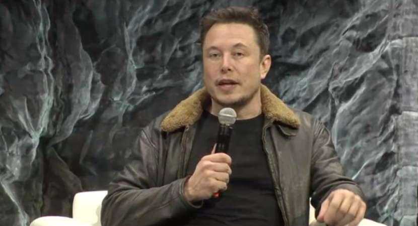 Mars rocket will fly short flights next year: Elon Musk