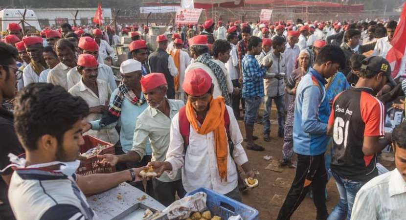 All India Kisan Sabha protestors reach Odisha's Assembly