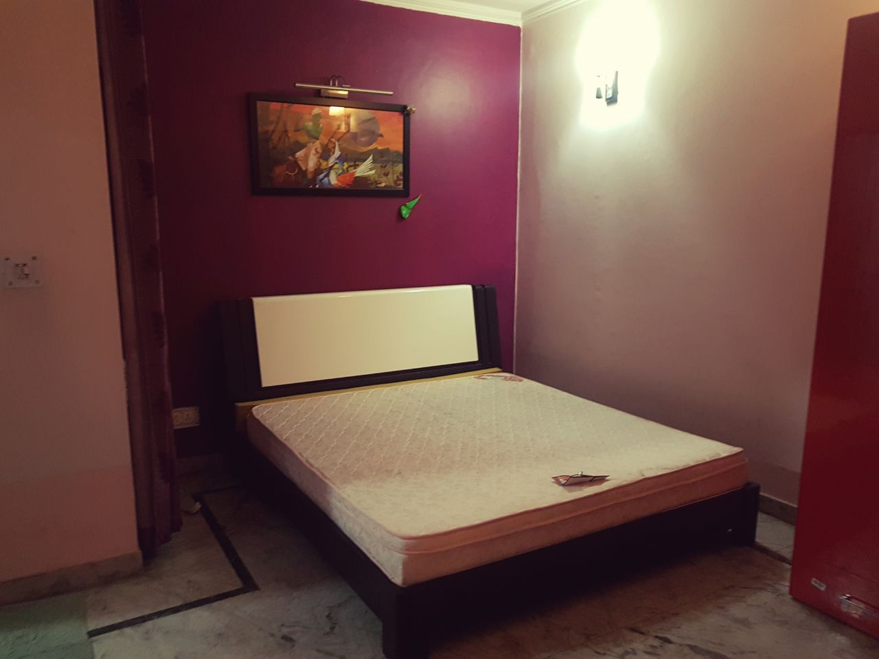 single-room-available-for-rent-in-Sushant-Lok-Road-undefined