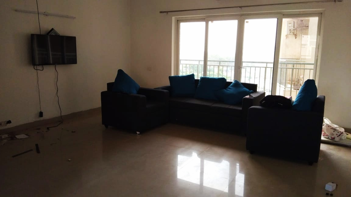 Single-room-available-for-rent-in-Sector 72-gurgaon-for-rs-16000