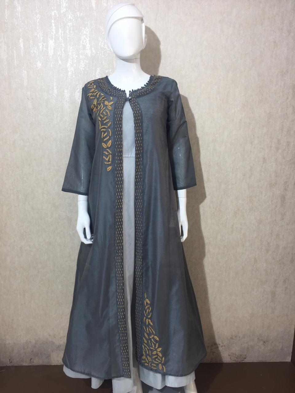 Women's Long Dress with Shrag Atteched