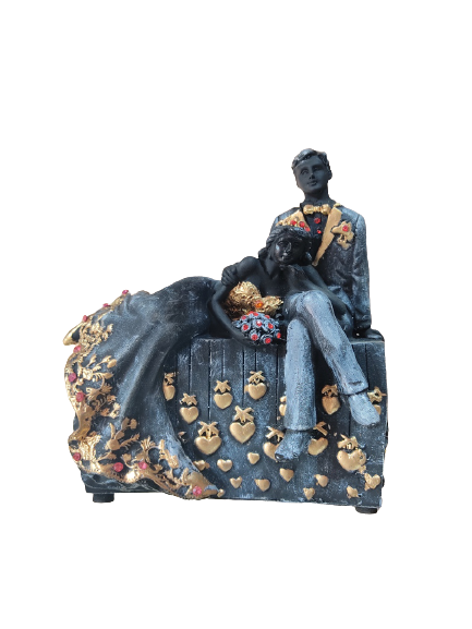 Valentine Romantic Love Couple Statue for Home Decoration,Gift Item