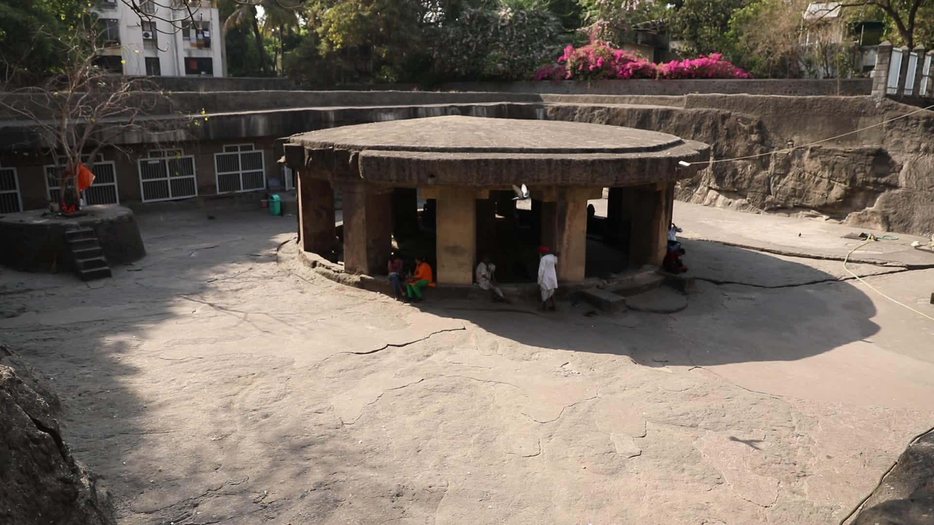 पातालेश्वर गुफा मंदिर: इतिहास का एक नायाब तोहफ़ा