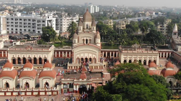 कोलकाता का प्रसिद्ध दक्षिणेश्वर मंदिर