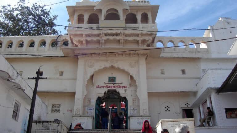 पुष्कर का पवित्र ब्रह्मा मंदिर
