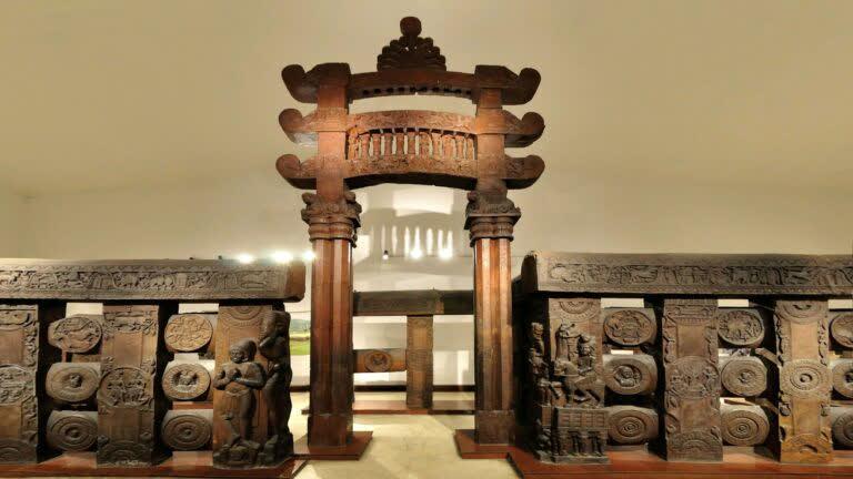 भरहुत स्तूप: बौद्ध कला का खज़ाना