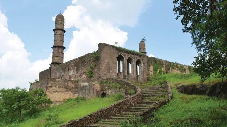 असीरगढ़ क़िला: दक्कन का द्वार