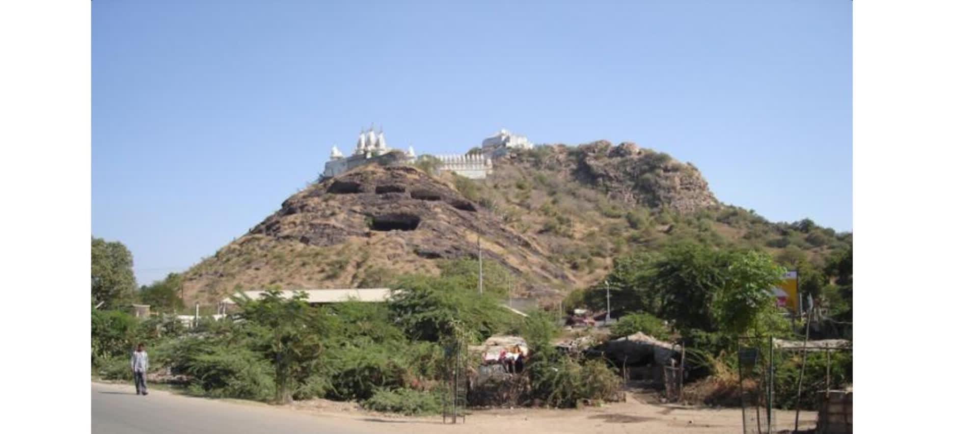 गुजरात की बौद्ध गुफाएँ