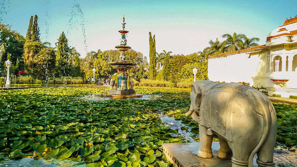 उदयपुर की सुन्दर सहेलियों की बाड़ी