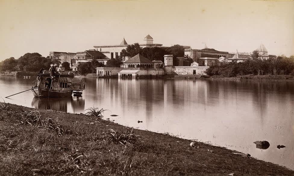 गोविंदगढ़ महल और सफ़ेद बाघों से इसका संबंध