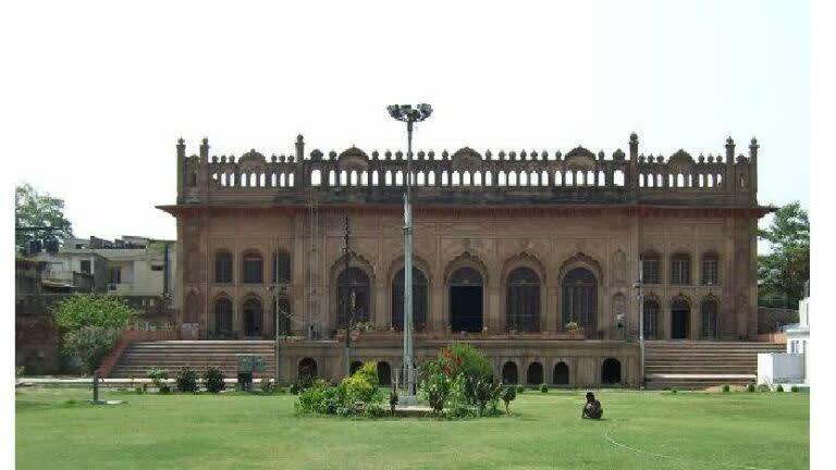 सिब्तैनाबाद इमामबाड़ा- लखनऊ का छुपा हुआ ख़ूबसूरत इमामबाड़ा