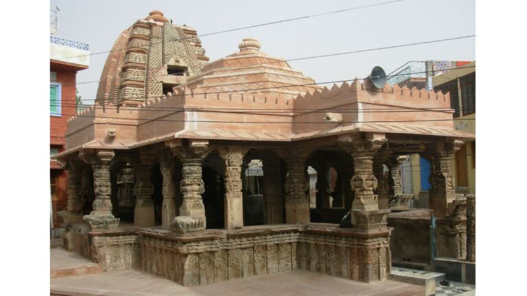 जसनगर गाँव के प्राचीन मंदिर