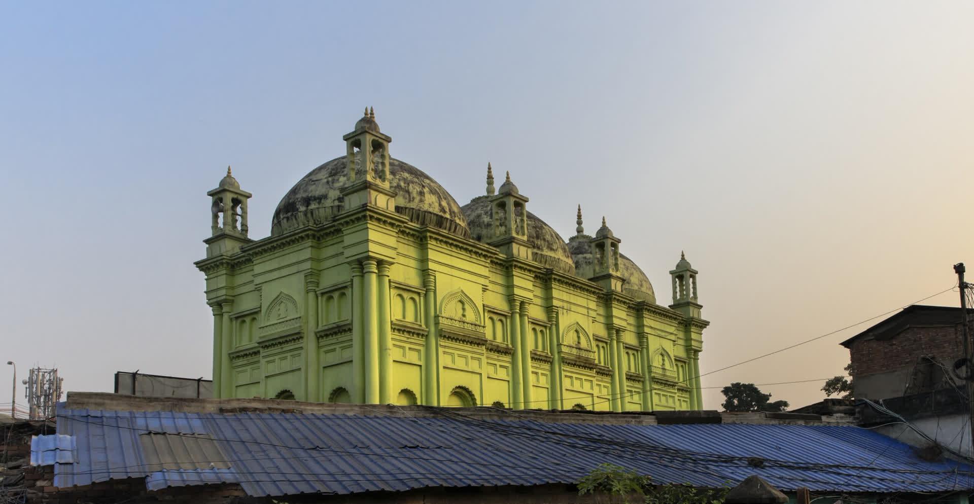 बसरी शाह मस्जिद: कोलकाता की सबसे पुरानी मस्जिद