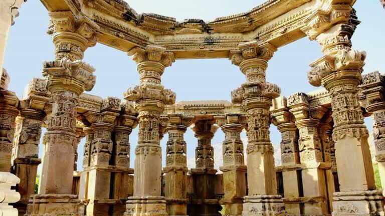 किराडू मंदिर: जहां होता है रहस्य और इतिहास का मिलन