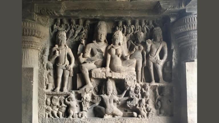 भारत की गुफाओं और मंदिरों में शिव के अनेक रुप