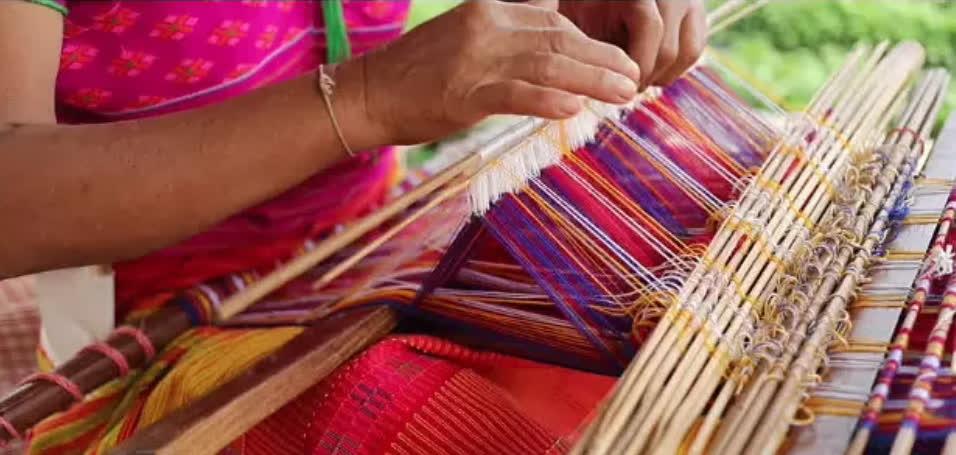 सुआलकुची और असम की रेशम की बुनाई