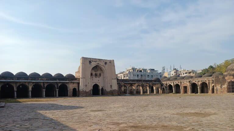 मध्यकालीन दिल्ली का तेलंगाना से संबंध