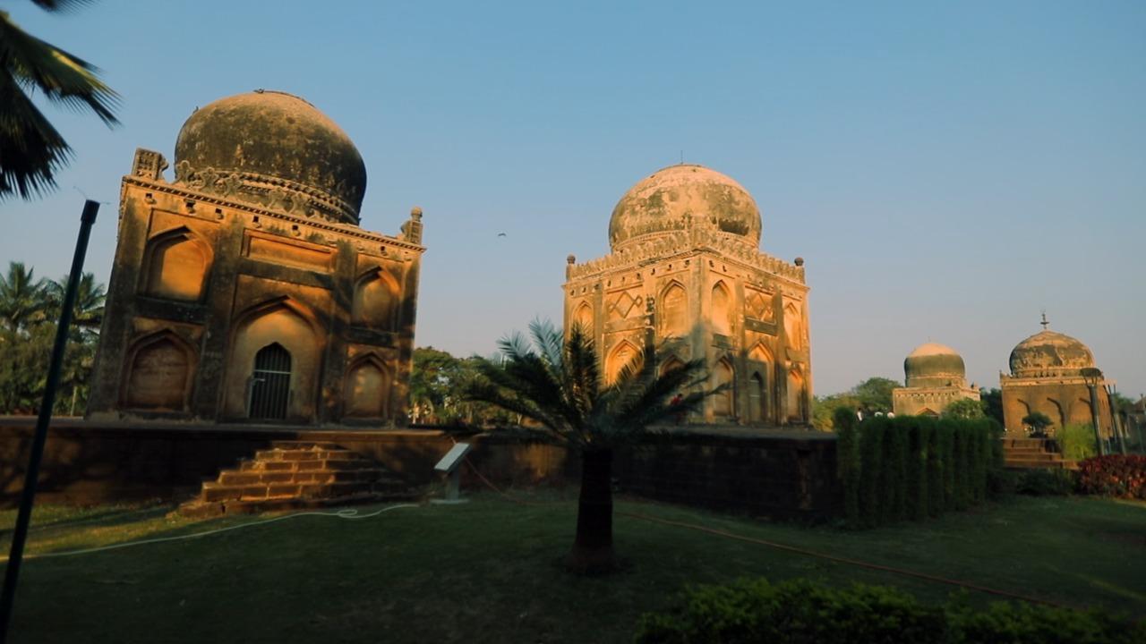 बीदर के ऐतिहासिक बारिद शाही मक़बरे