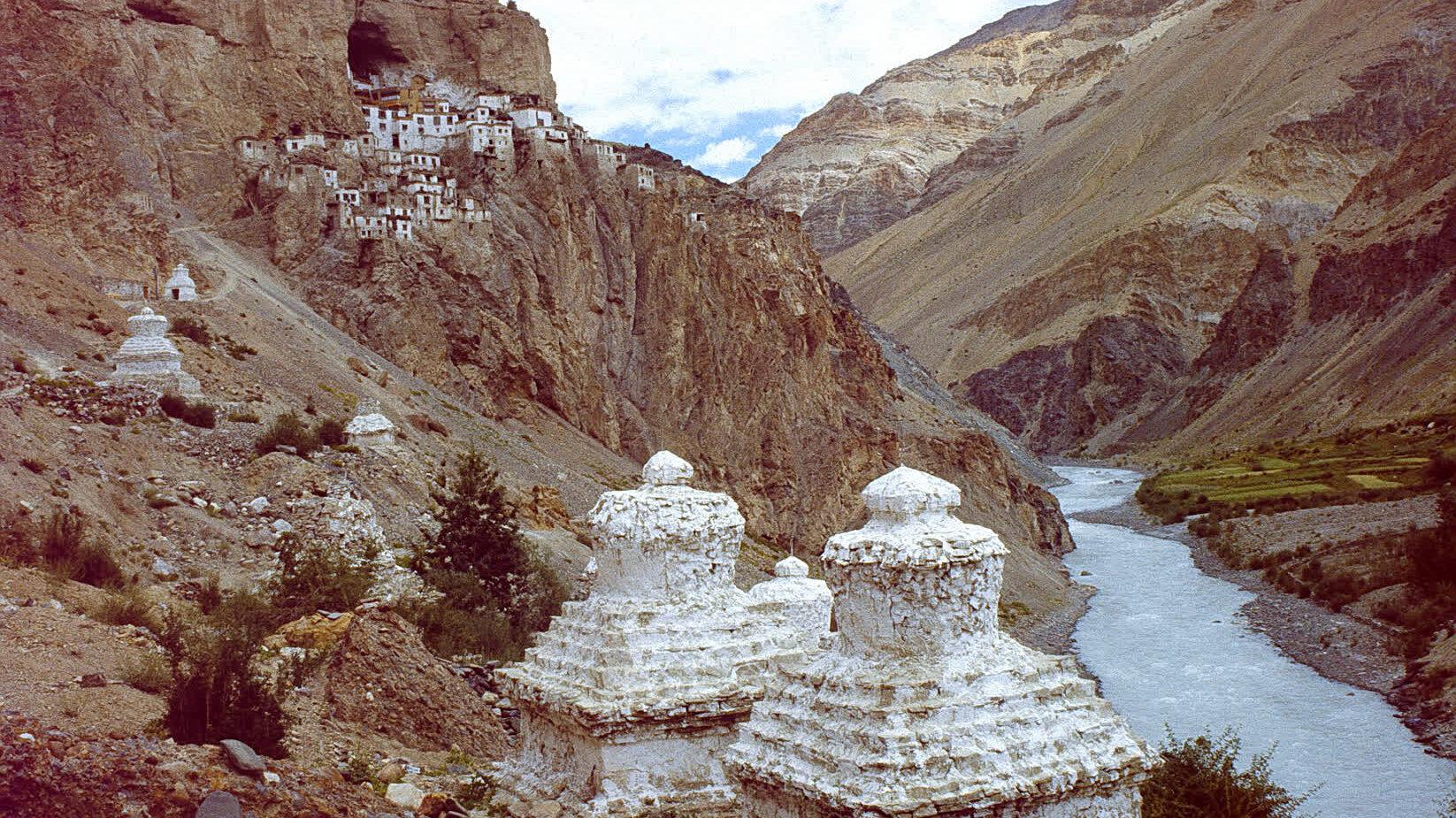 फुग्ताल मठ: बौद्ध भिक्षुओं का आदर्श स्थान