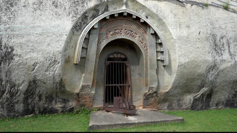 बाराबर गुफाएं: आजीविक पंथ की इकलौती निशानी