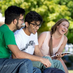 Bond University Combines Fun and Sunshine with a World Class Education and Accelerated Career