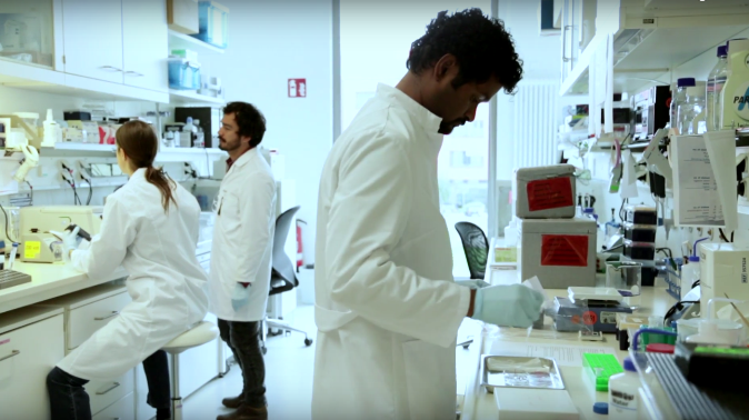 Students of neuroscience in a lab at the Max Planck Institute for Brain Research