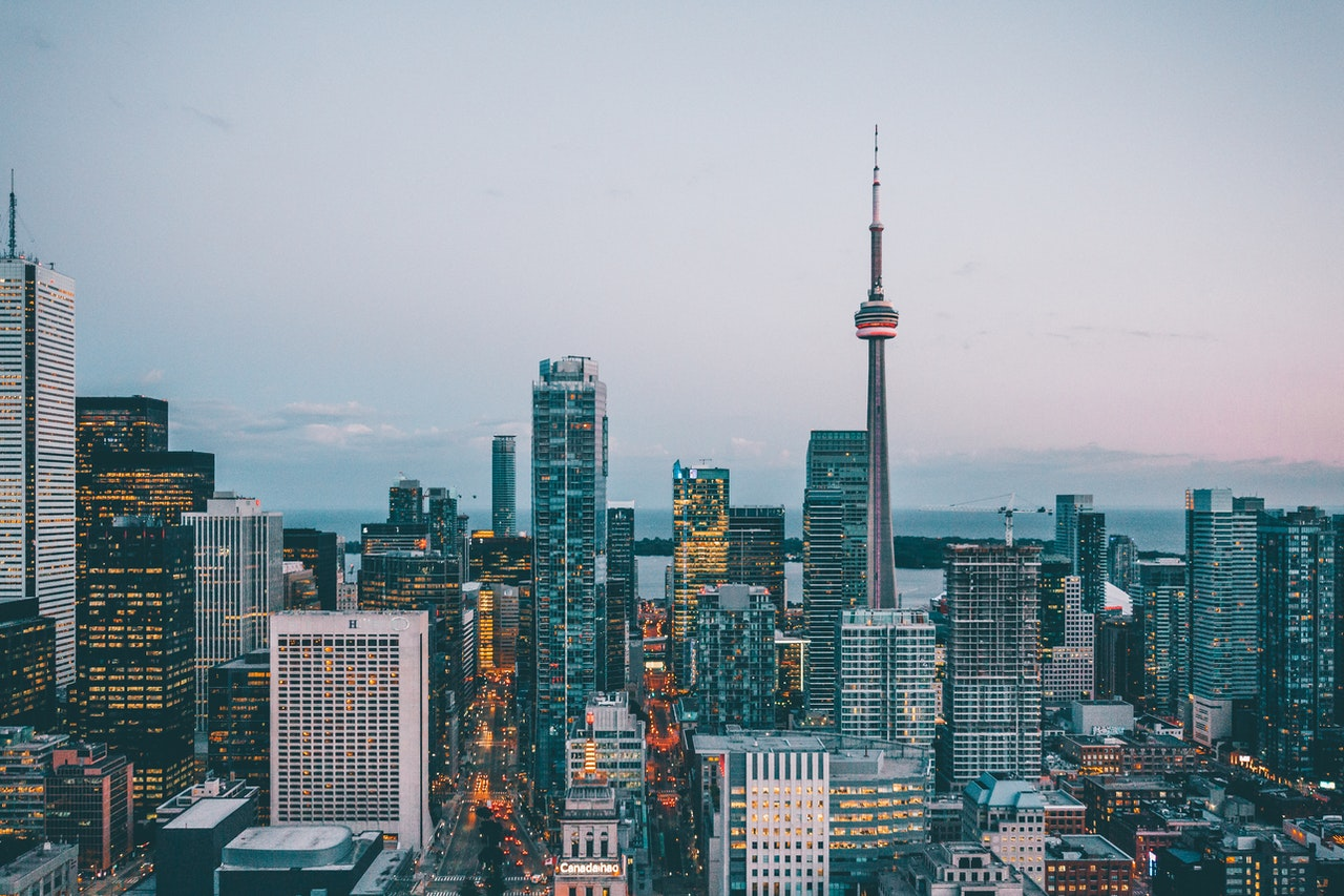 A view of the iconic Toronto skyline