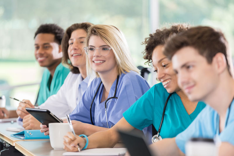 How International Students Can Get A Nursing Degree To Tap Into