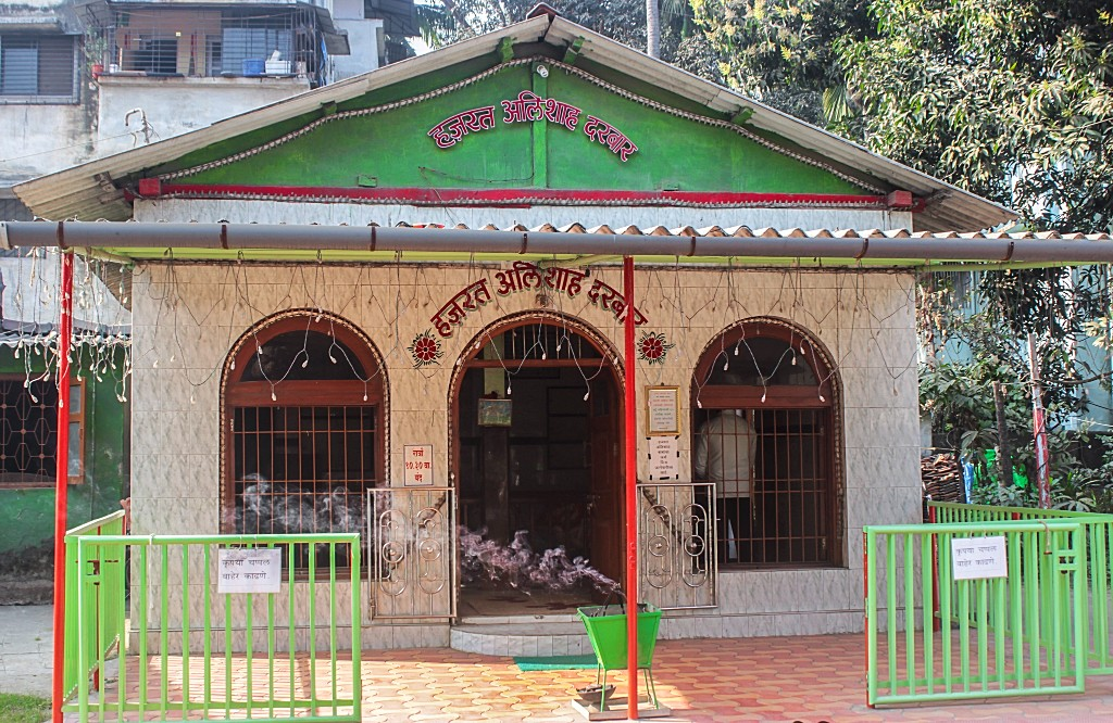 The Ali Durgah - in memory of the man after whom Alibaug was named    LHI Team