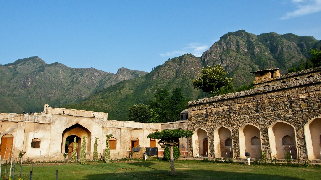 Pari Mahal served as the Prince's residence and library during his visits